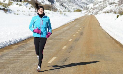 ea80ccd3ef9d0 Vyhnite sa chorobe alebo úrazu pri zimnom behaní. | Dixo.sk