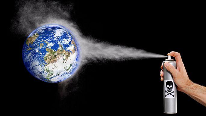 Stenčovanie ozónovej vrstvy freónmi